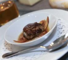 Asperges confites au Loupiac et escalope de foie gras de canard poêlée